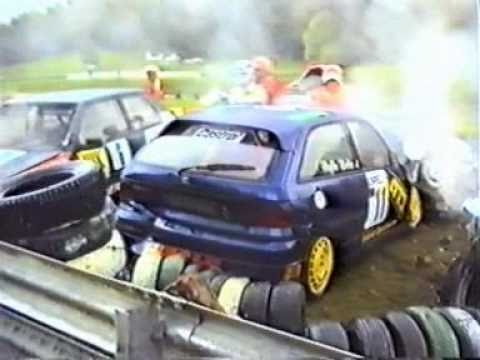 Österreichring touring car pile-up.jpg