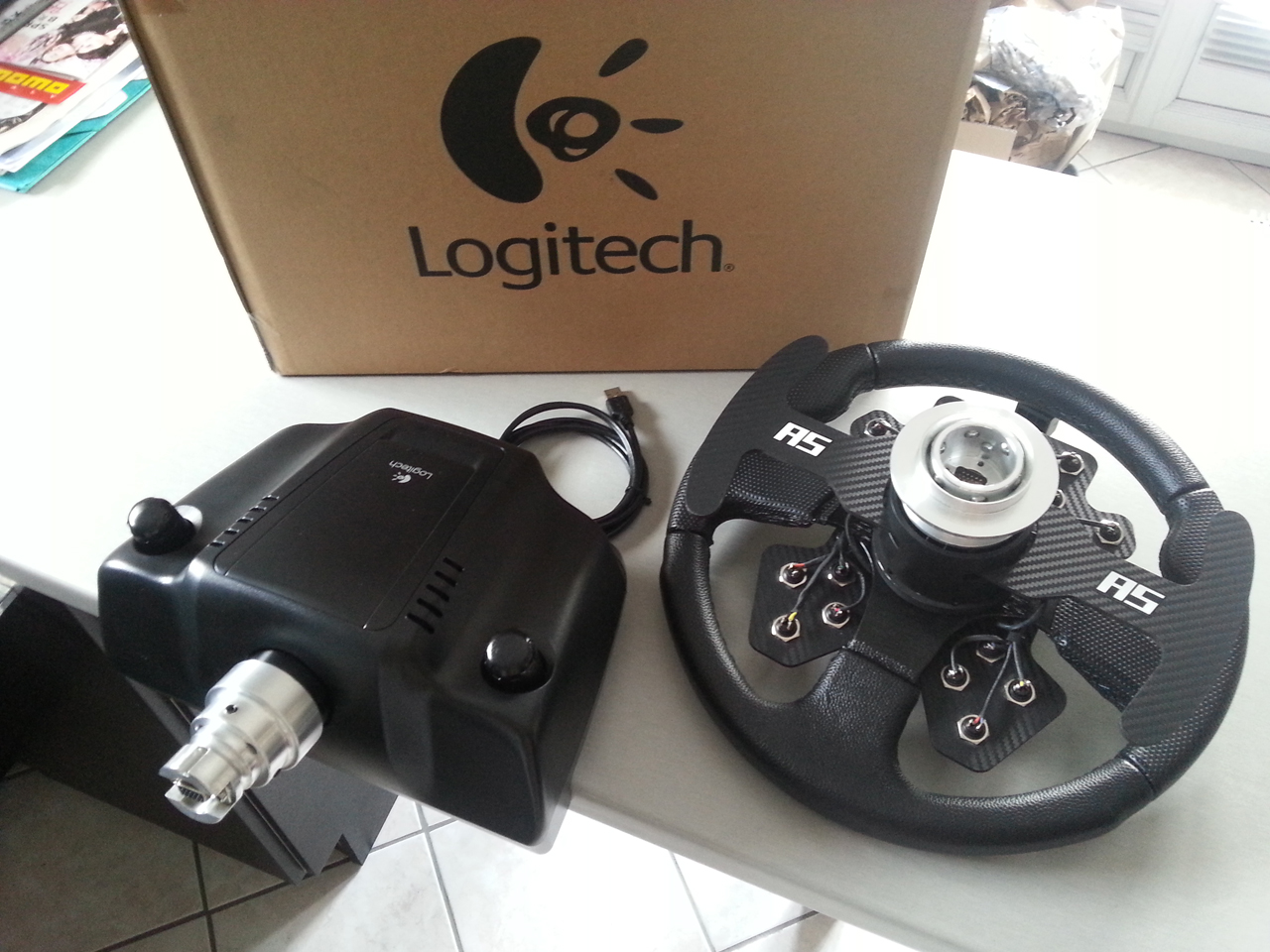 Sell - G27 + Momo 320mm & Paddles + 18 buttons + Quick