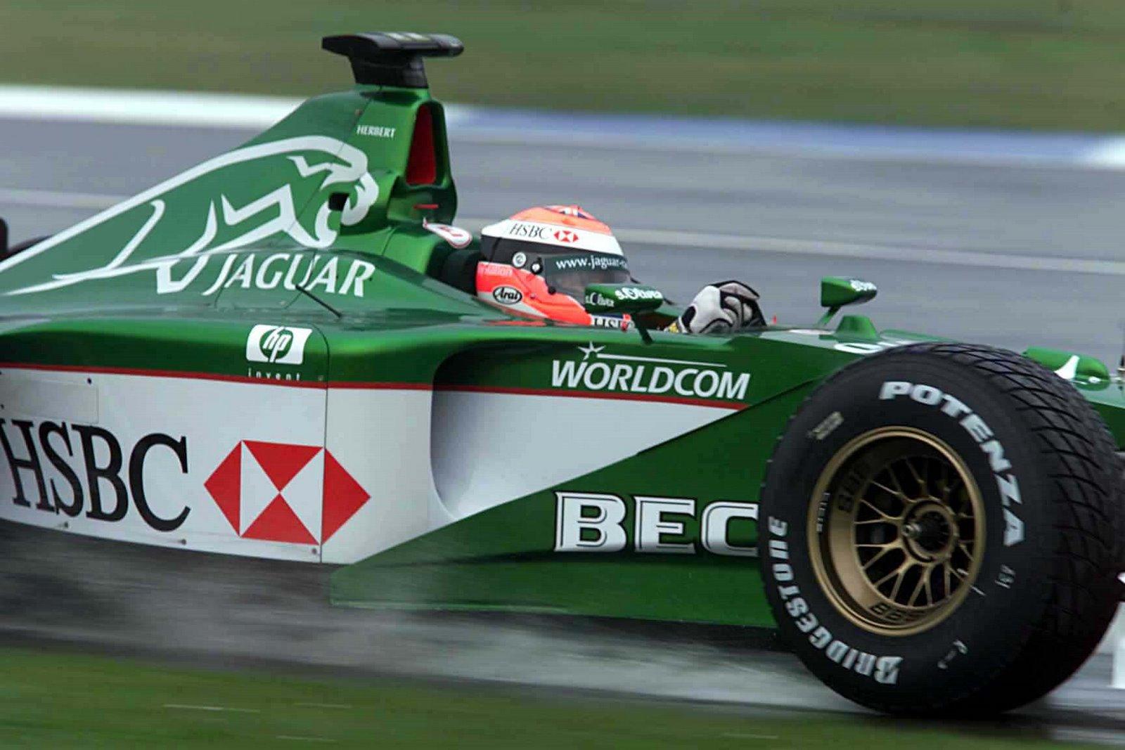 04 British Grand Prix United Kingdom Silverstone Circuit, Silverstone Great Britain 2000 Johnn...jpg