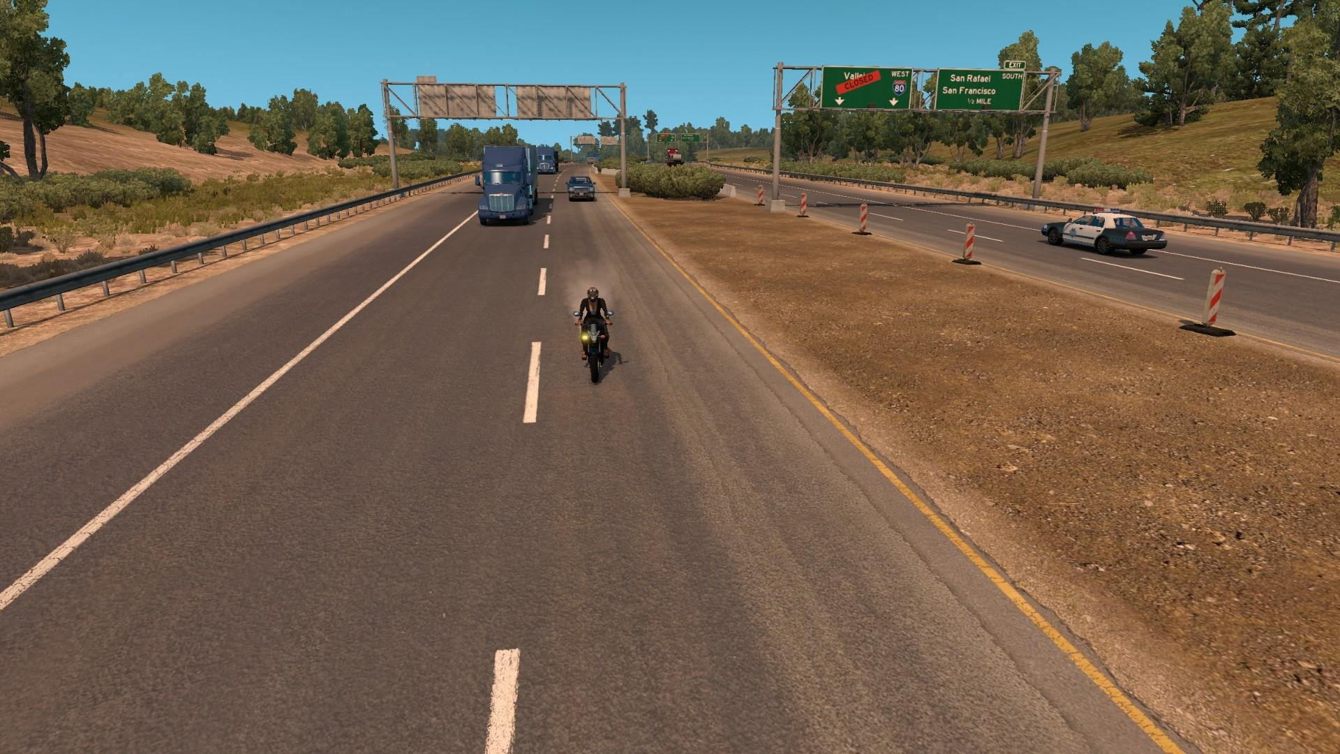 1454698723_3780-motorcycle-in-traffic-1-0-0_3.jpg