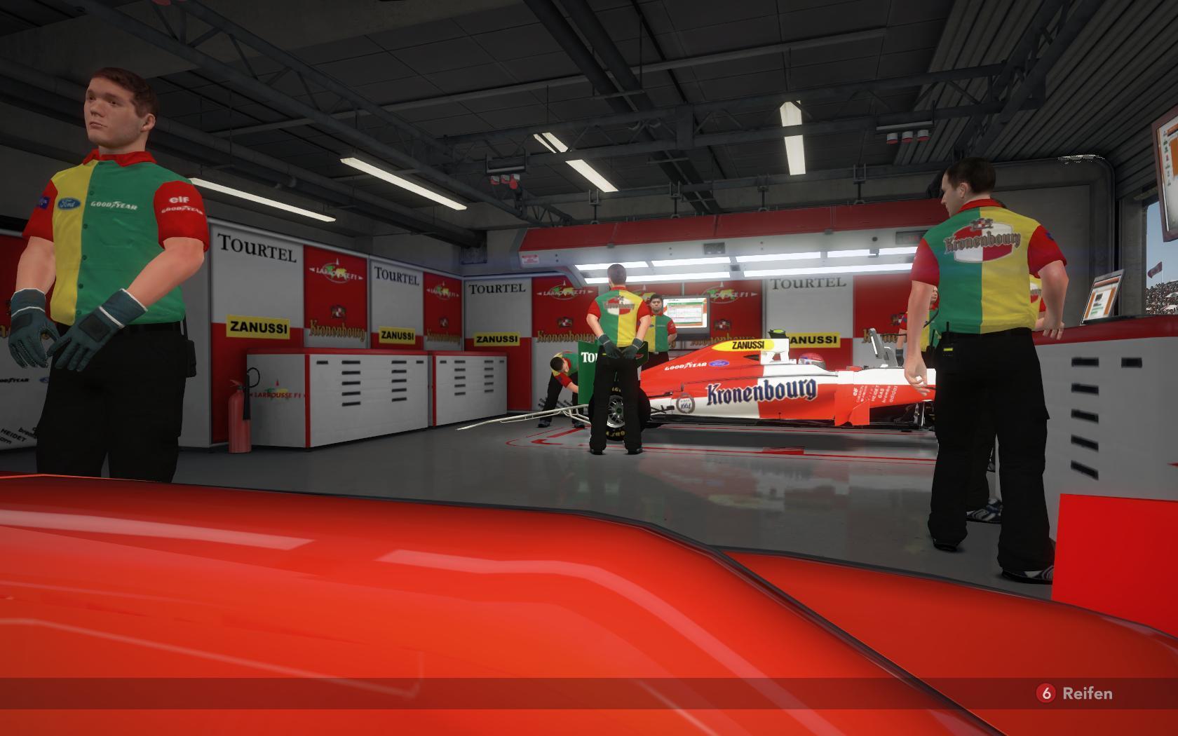 1994-Larrousse-garage.jpg