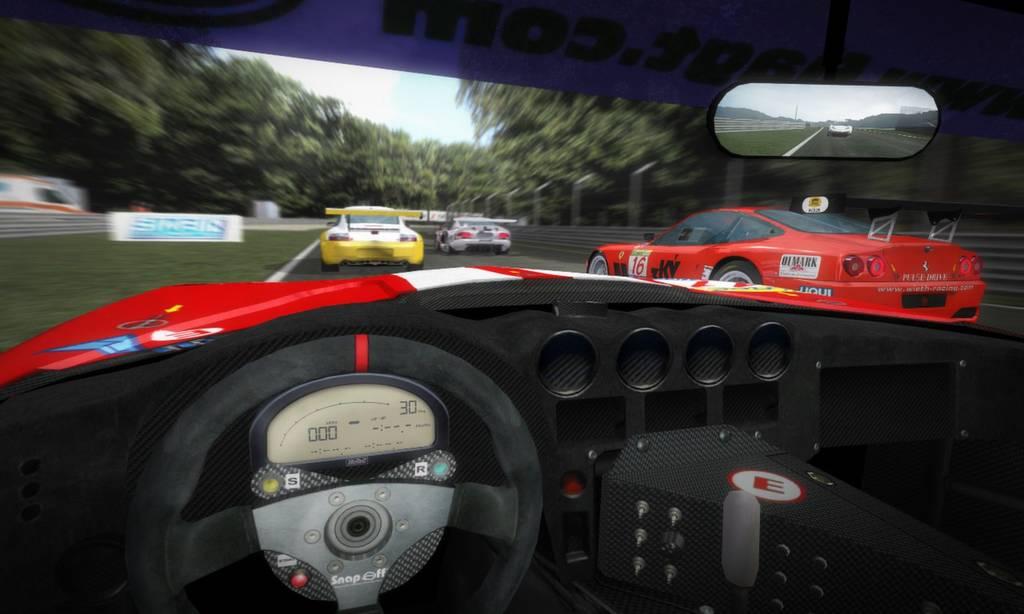 2005 - GTR - Simbin.jpg