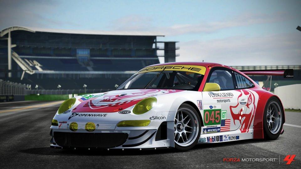 2011-Porsche-45-Flying-Lizard-911-GT3-RSR.jpg