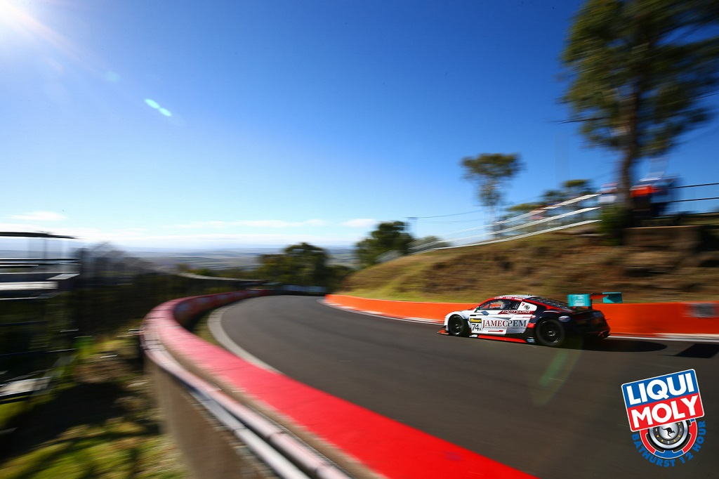 2015 12 Bathurst 12 Hour Live Stream.jpg