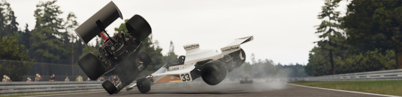 5a AMS2 F RETRO V8 at HOCK HISTORIC 77 crash2.jpg