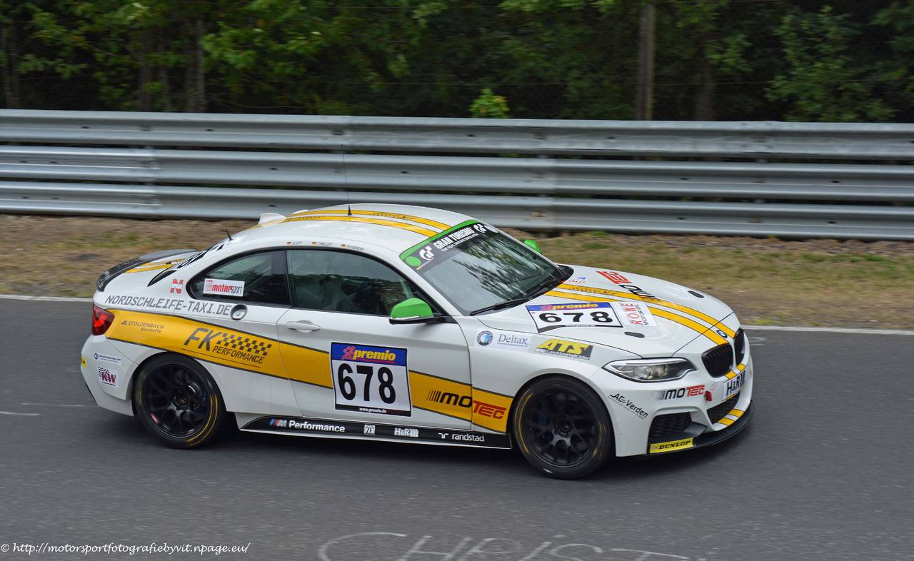 _678_bmw_m235i_racing_cup_adrenalin_motorsport.jpg
