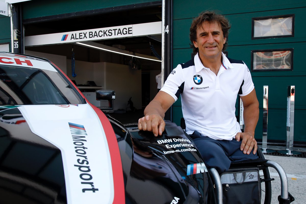 Alex Zanardi BMW DTM Debut 2.jpg