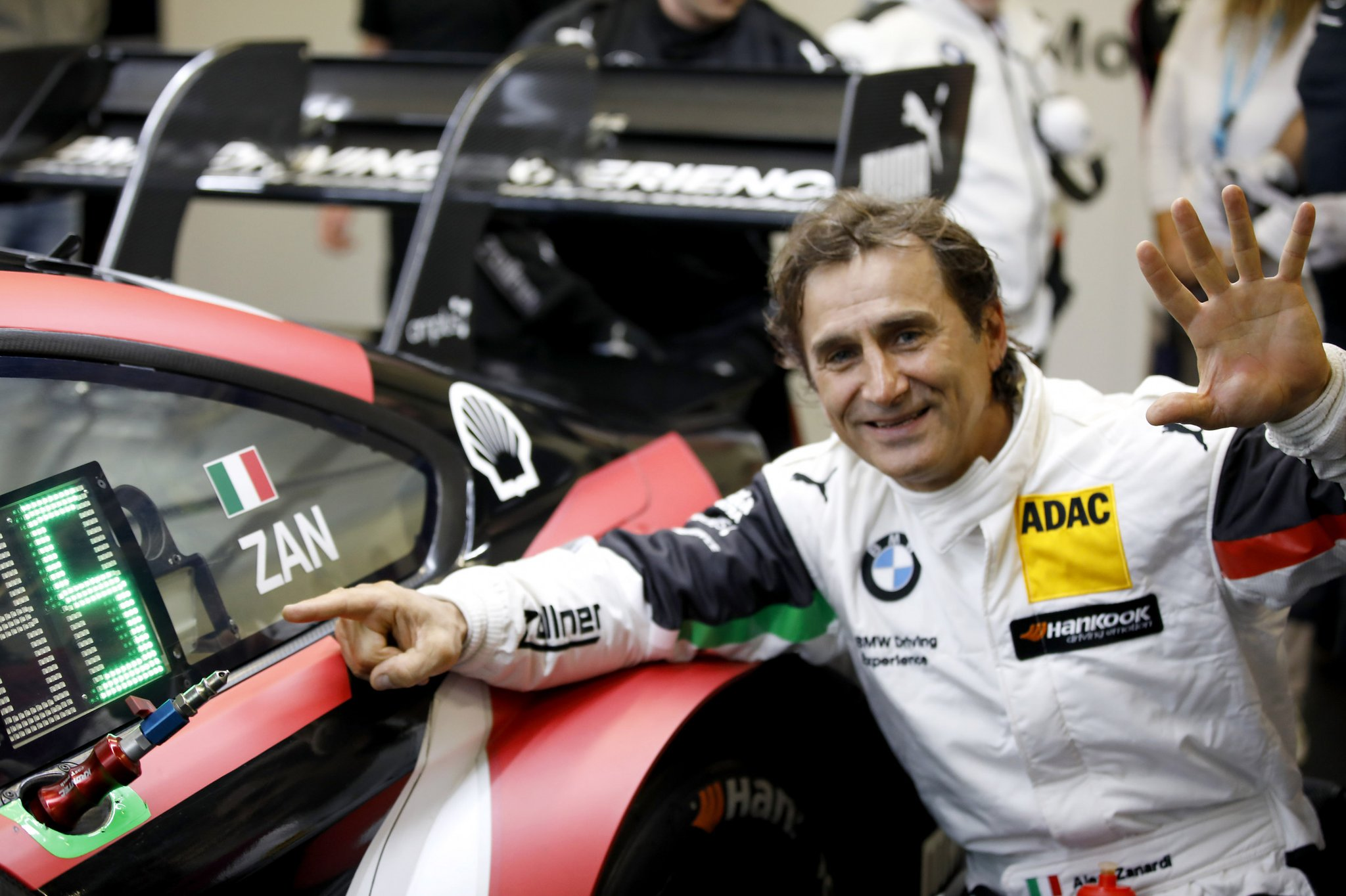 Alex Zanardi BMW DTM Debut 3.jpg