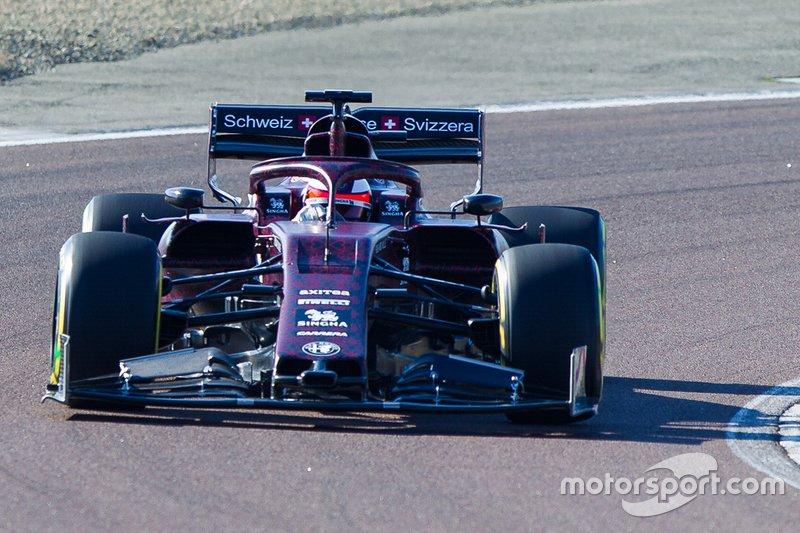 alfa-romeo-racing-shakedown-1 (2).jpg
