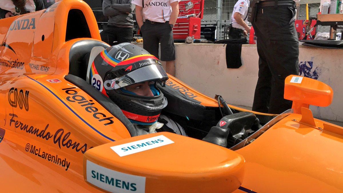 Alonso IndyCar Test 4.jpg