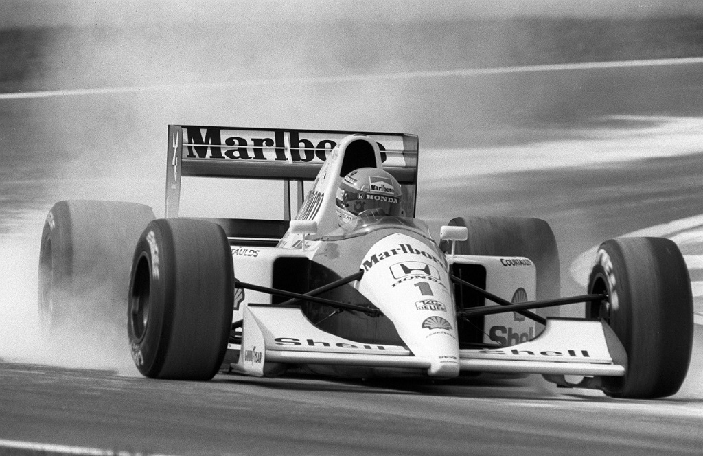 Aryton Senna  3.jpg