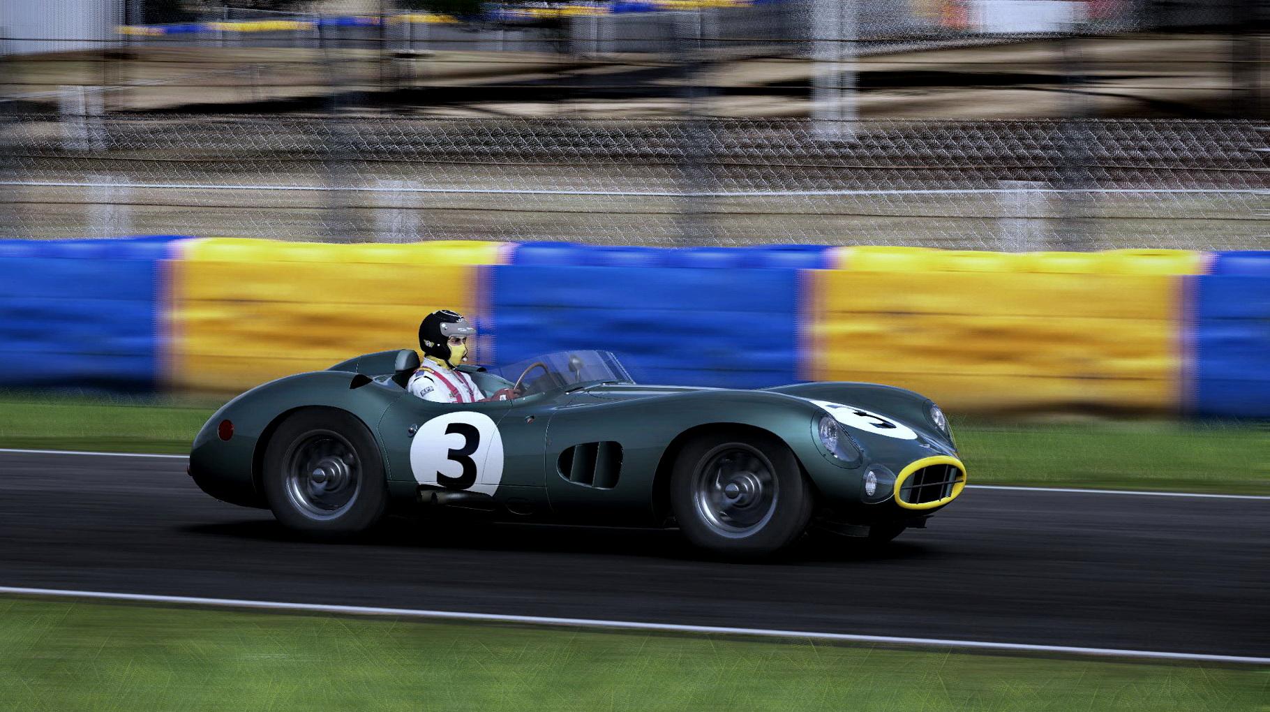 Aston DBR_000.jpg