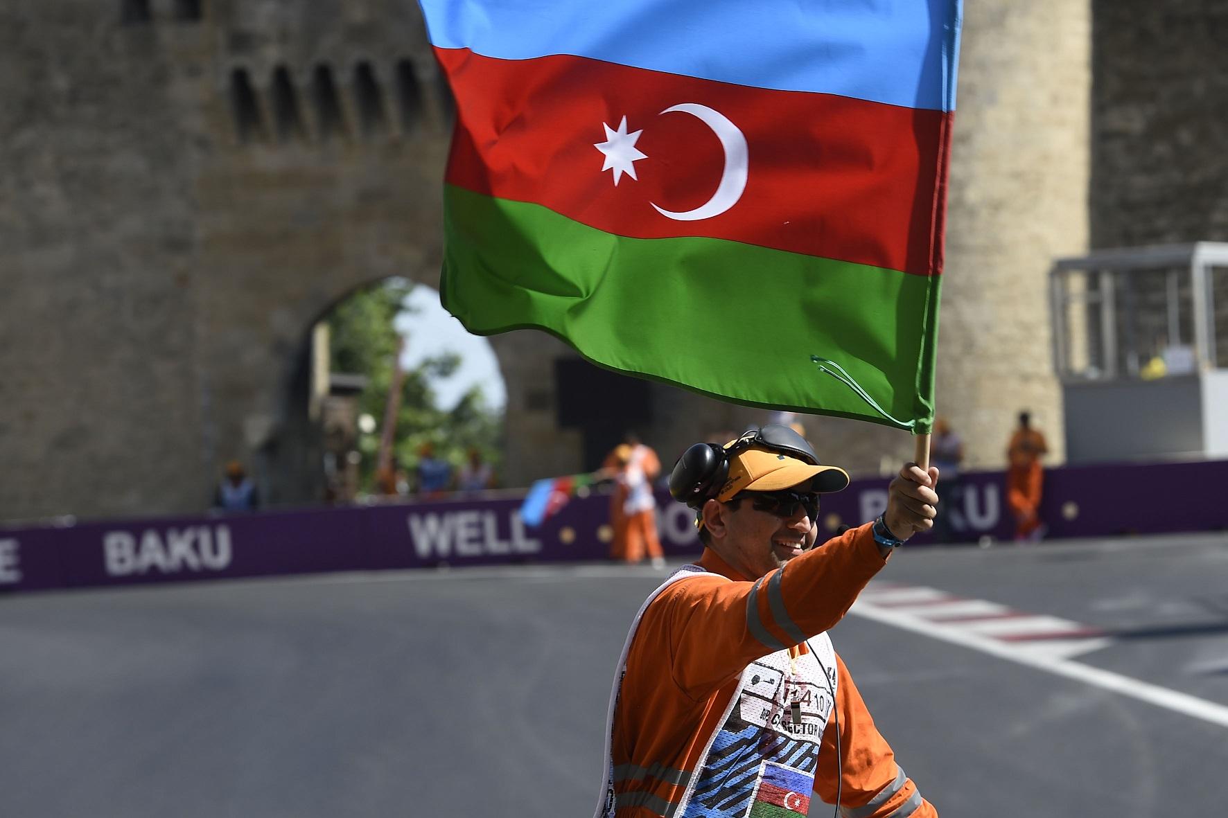 azerflag.JPG