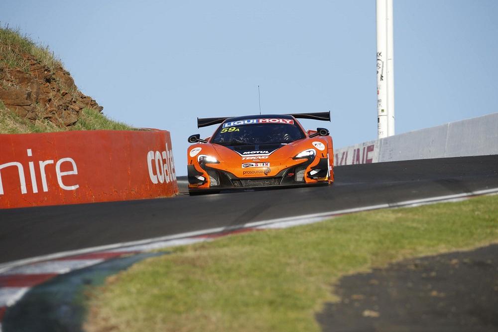 B12hr 2016 McLaren.jpg