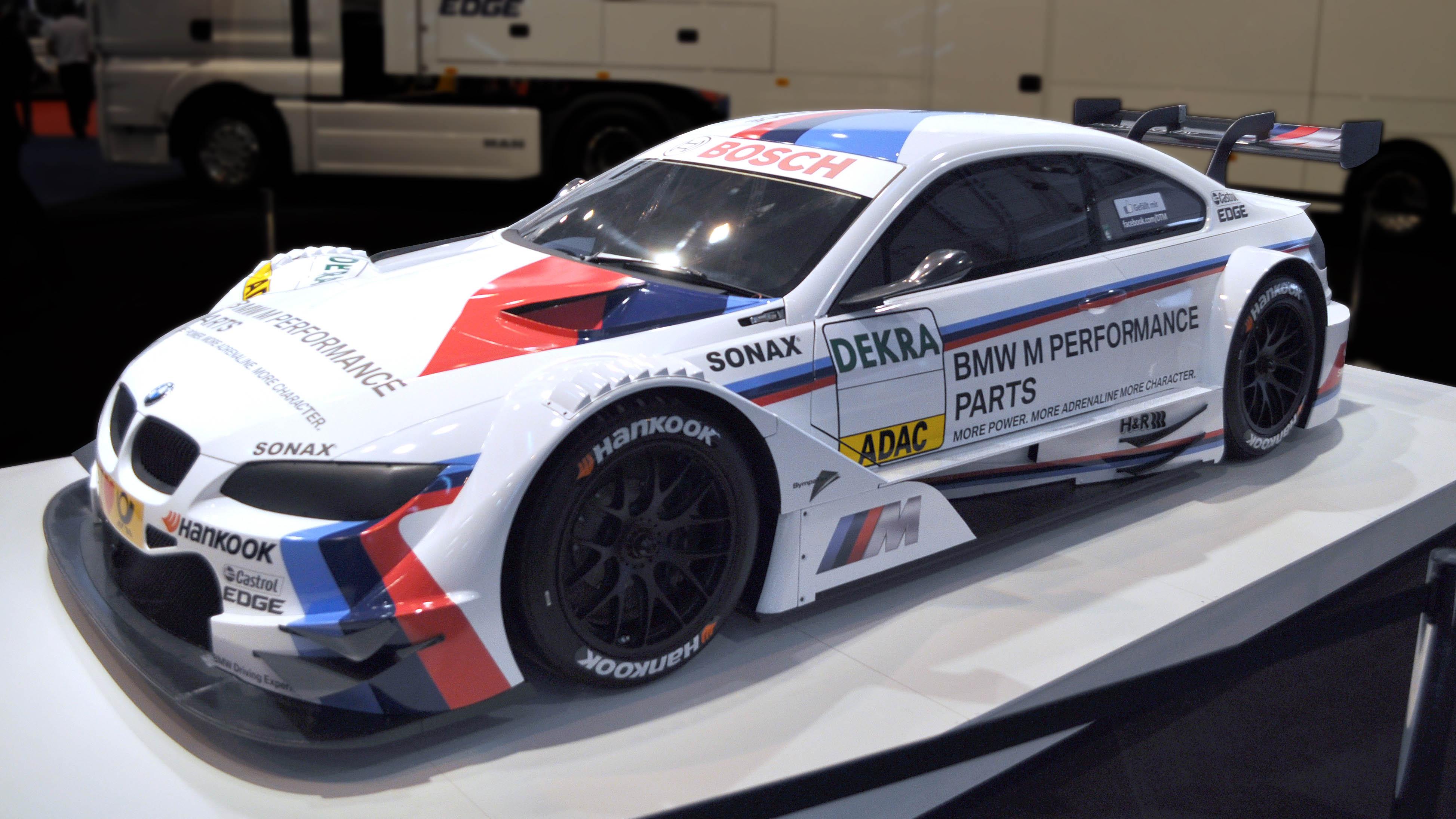 BMW_E92_M3_DTM_1-2012-13-012.jpg