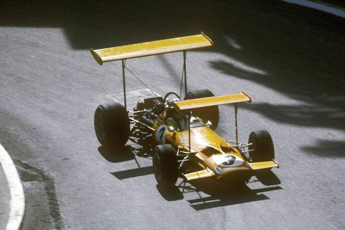 Bruce-McLaren-M7A-Ford-1969-fotoshowImage-4afb509e-333684.jpg