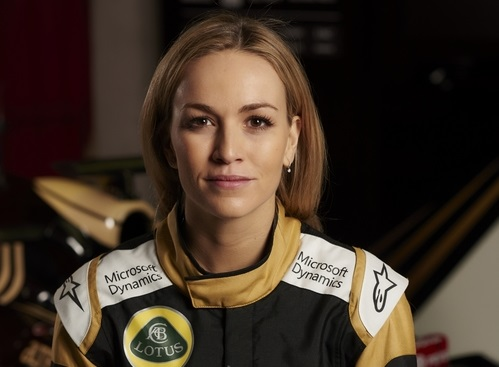 Carmen Jordá Lotus F1 Formula One.jpg