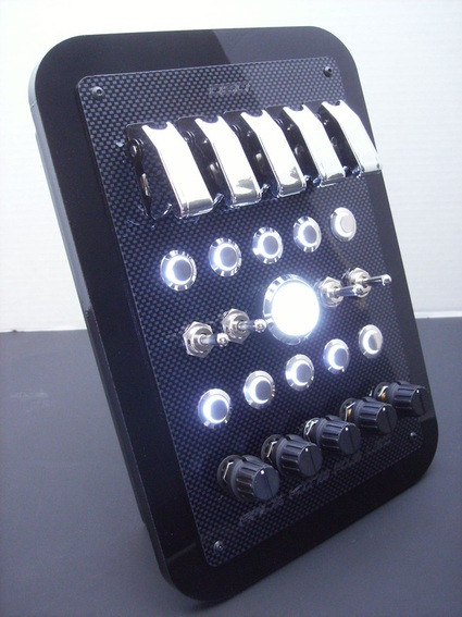 DSD Race King Button Box.jpg