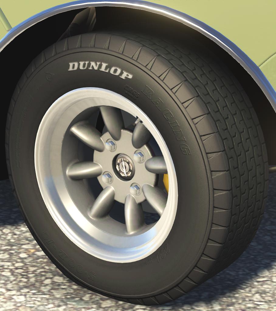 Dunlop CR65 5.00 L-10.jpg