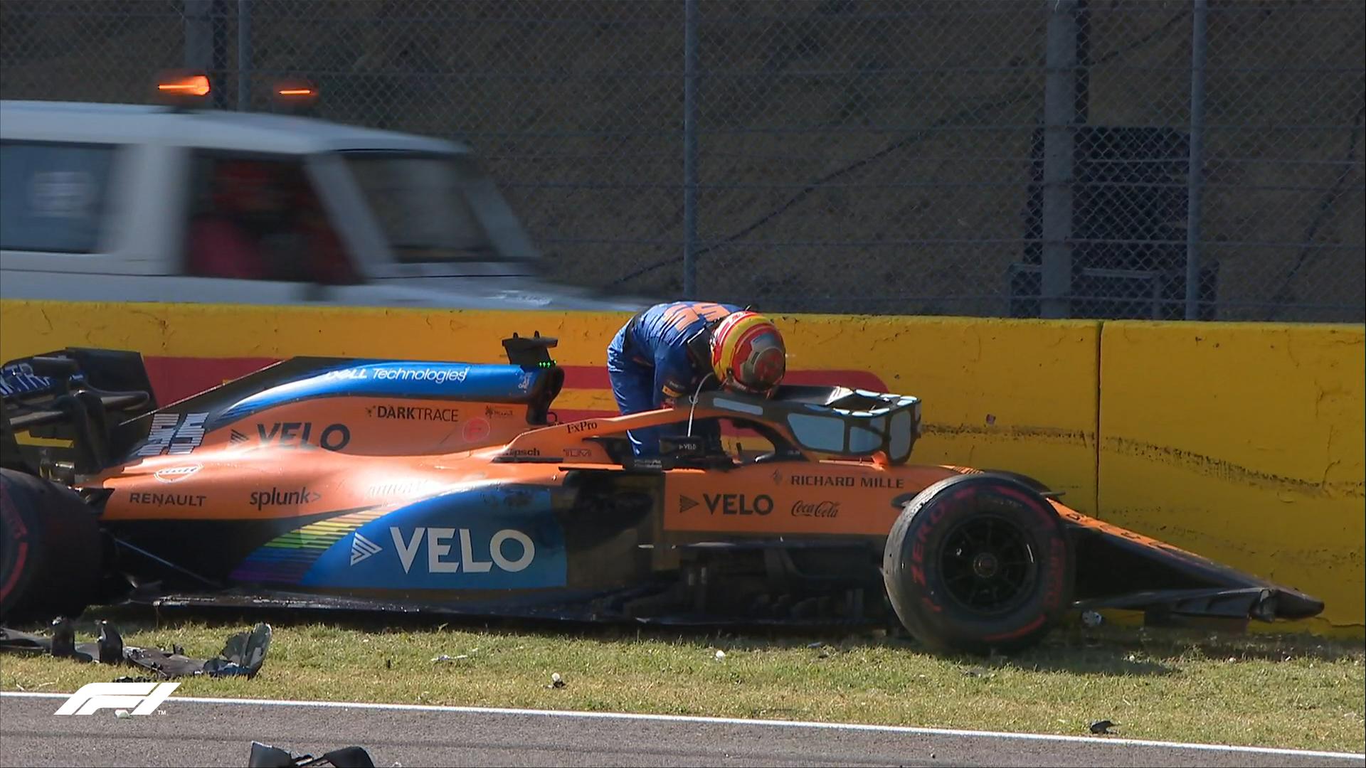 F1 crash 2.jpg