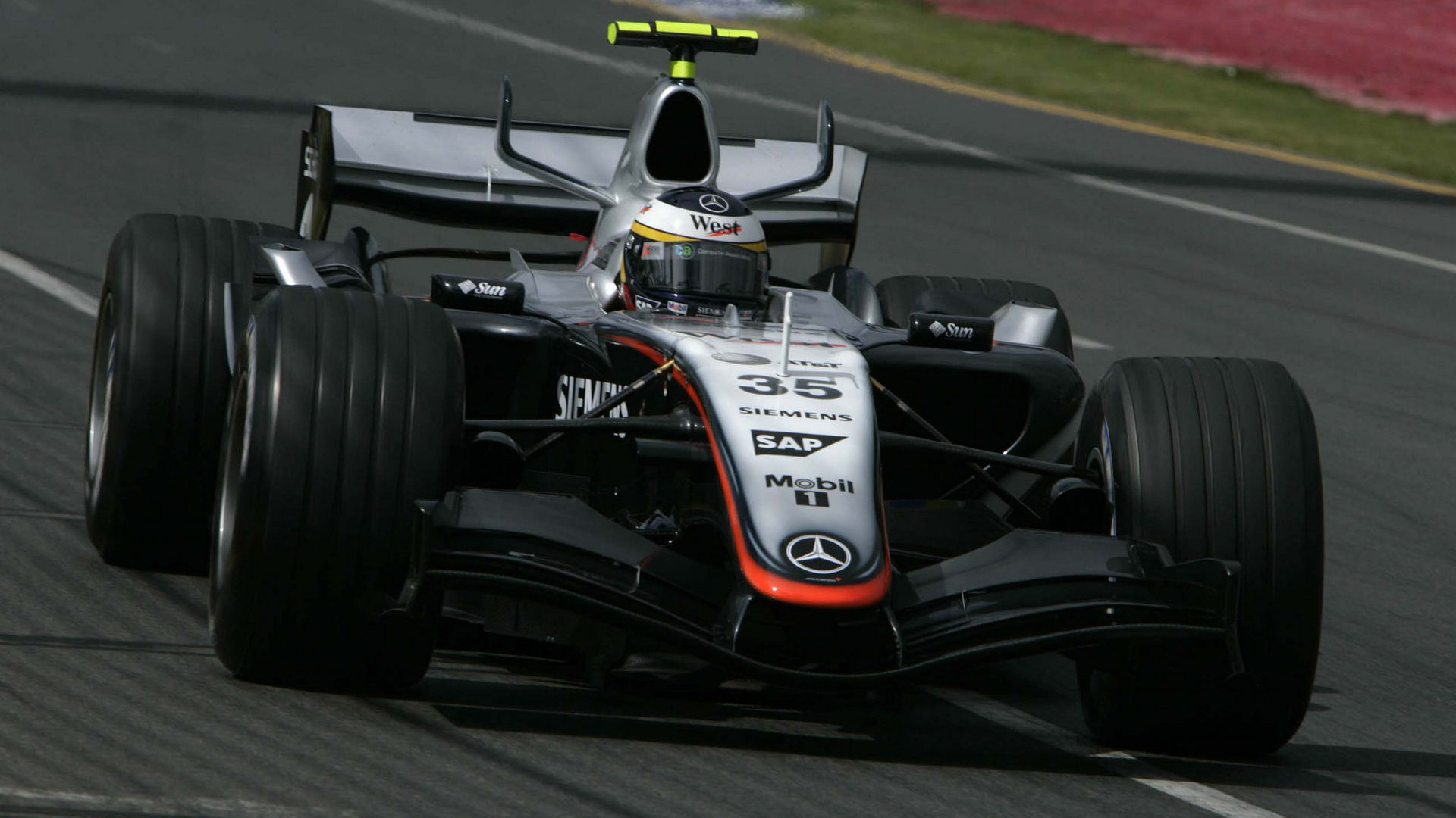 F1-Fansite.com 2005 HD wallpaper F1 GP Australia_07.jpg