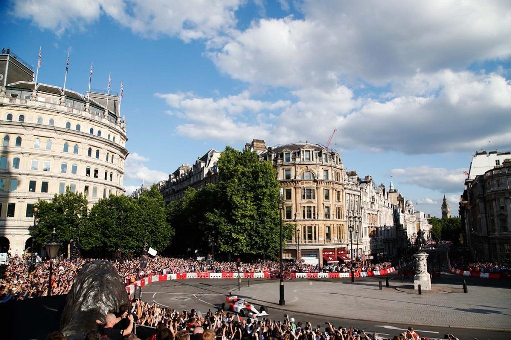 F1 Live 4.jpg