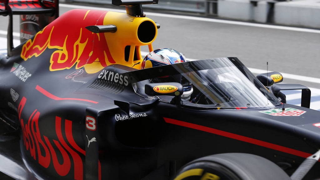 F1 Shield.jpg