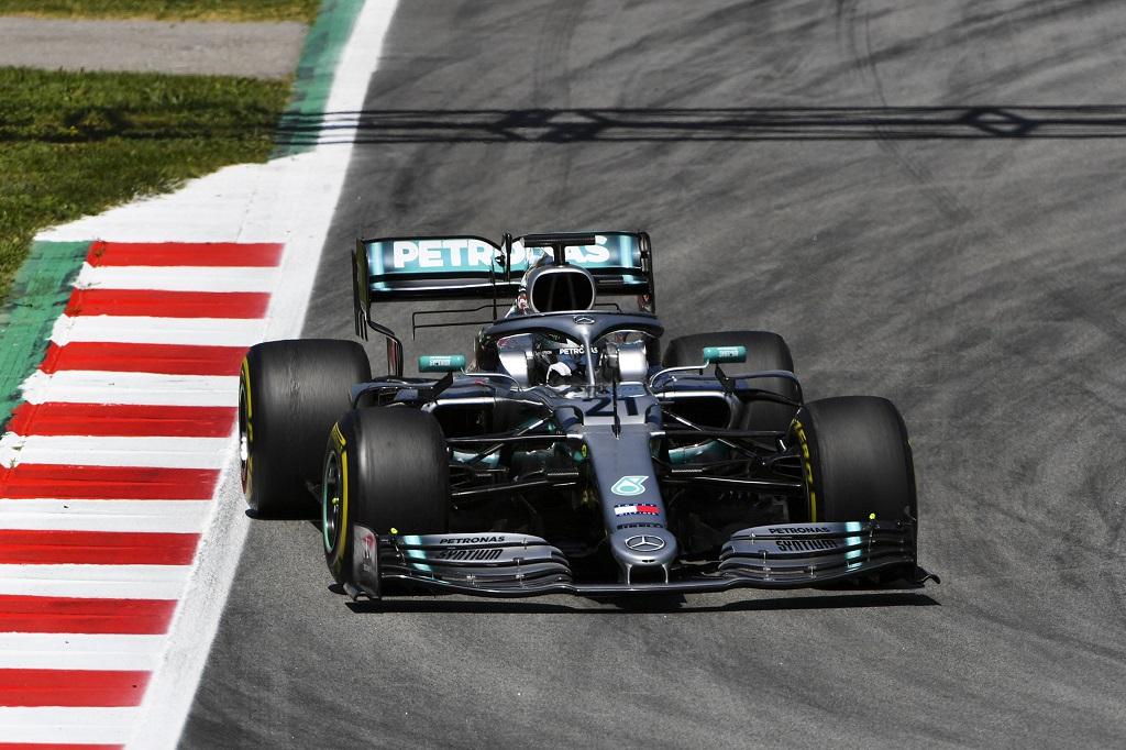 F1 Test Mercedes.jpg