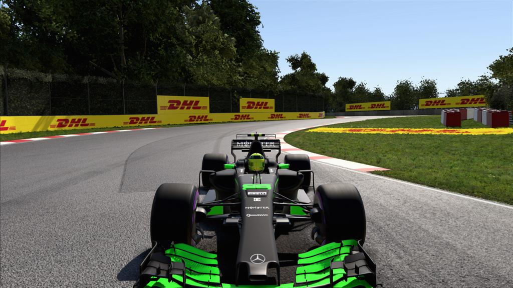 F1_2017 2017-12-24 17-09-36-848.jpg