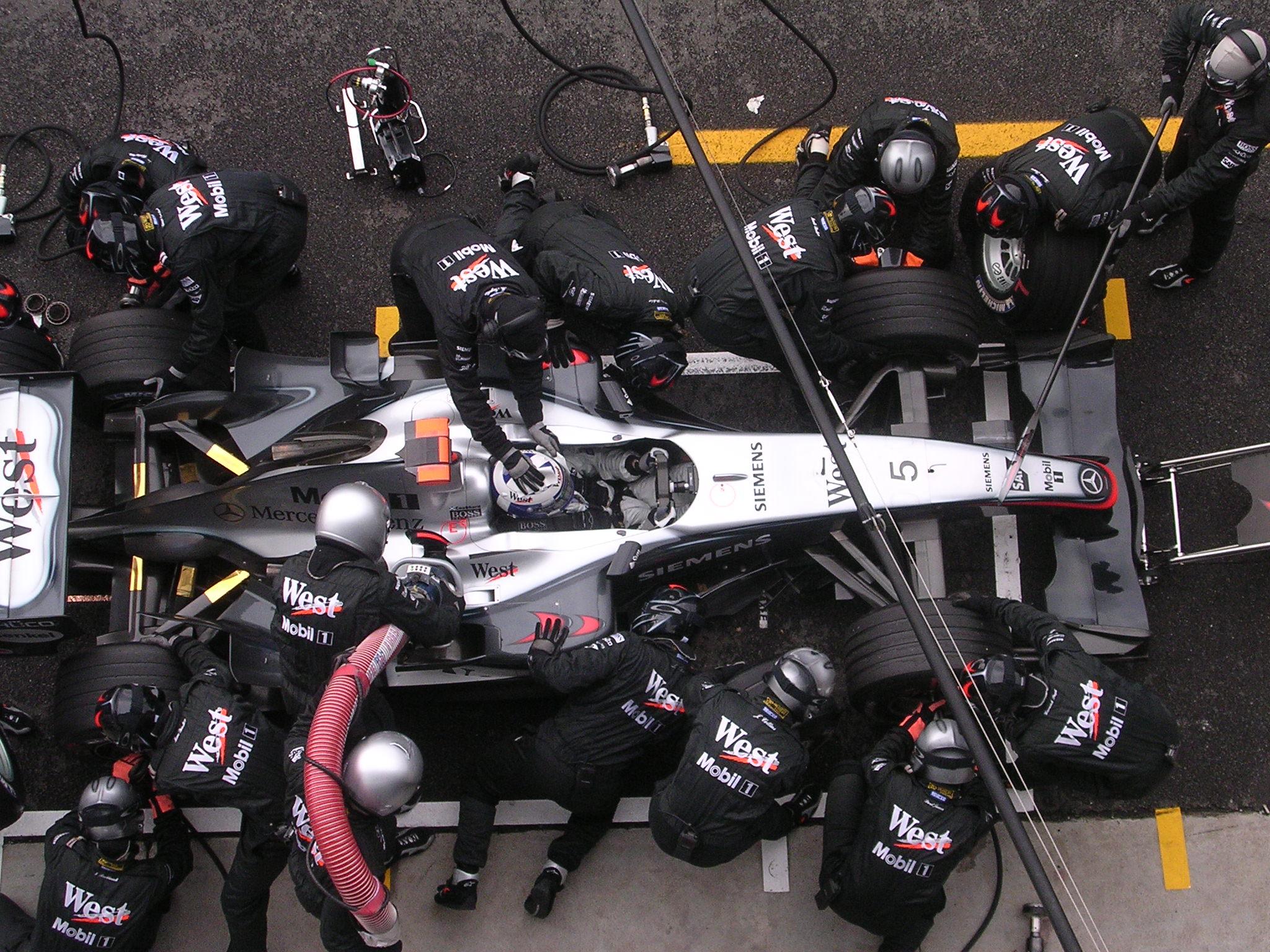 Fale_F1_Monza_2004_73.jpg