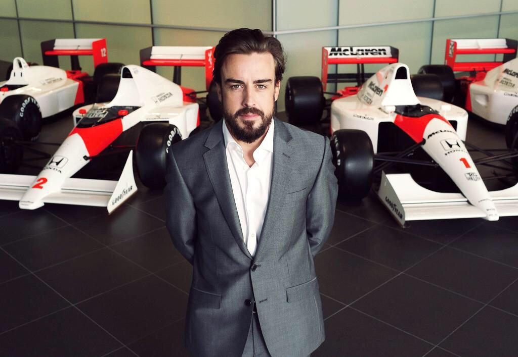 Fernando Alonso McLaren 2015.jpg