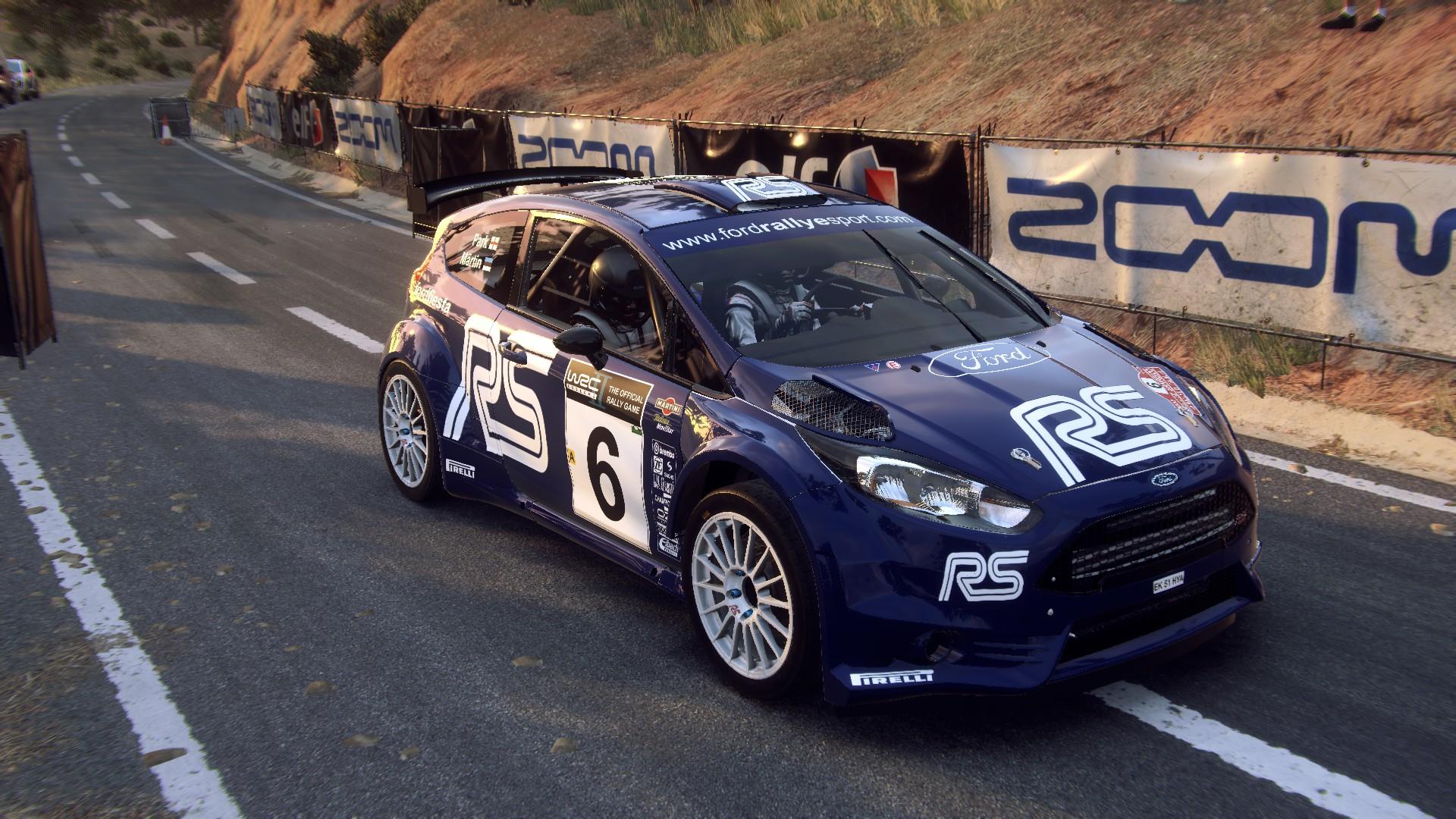 Ford Fiesta R5 (Märtin-Parks - Rallye Sanremo - Rallye d'Italia 2002 - Hommagge) (1).jpg