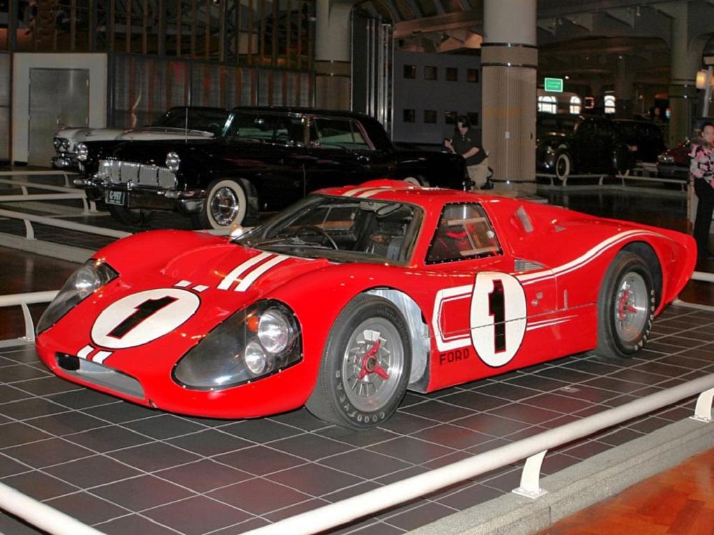 Ford GT40 MK_IV.jpg