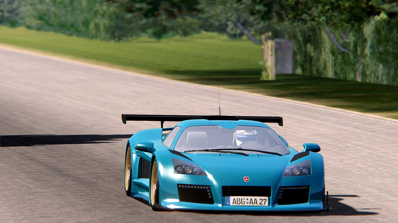 Gumpert Apollo at Hilltop.jpg