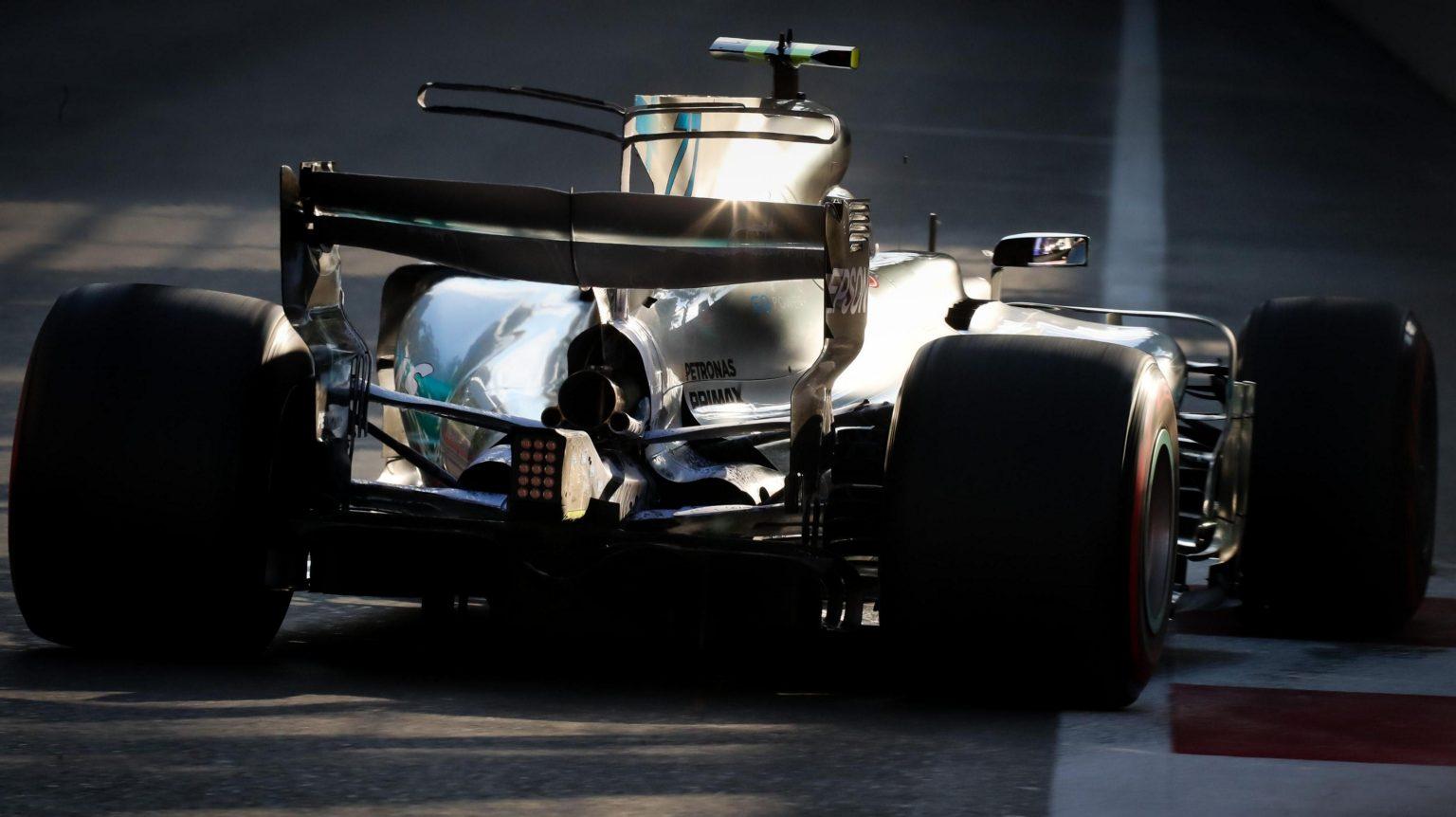Hamilton - Mercedes Stuggles at Baku.jpg