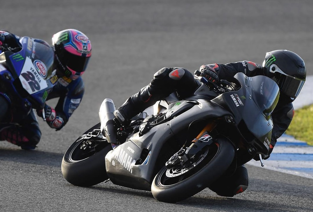 Hamilton - Rossi Switch 2.jpg