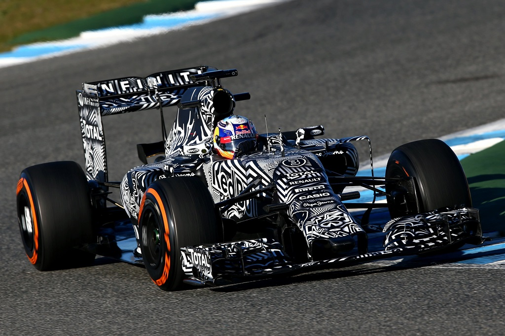 Infiniti Red Bull Racing RB11 04.jpg
