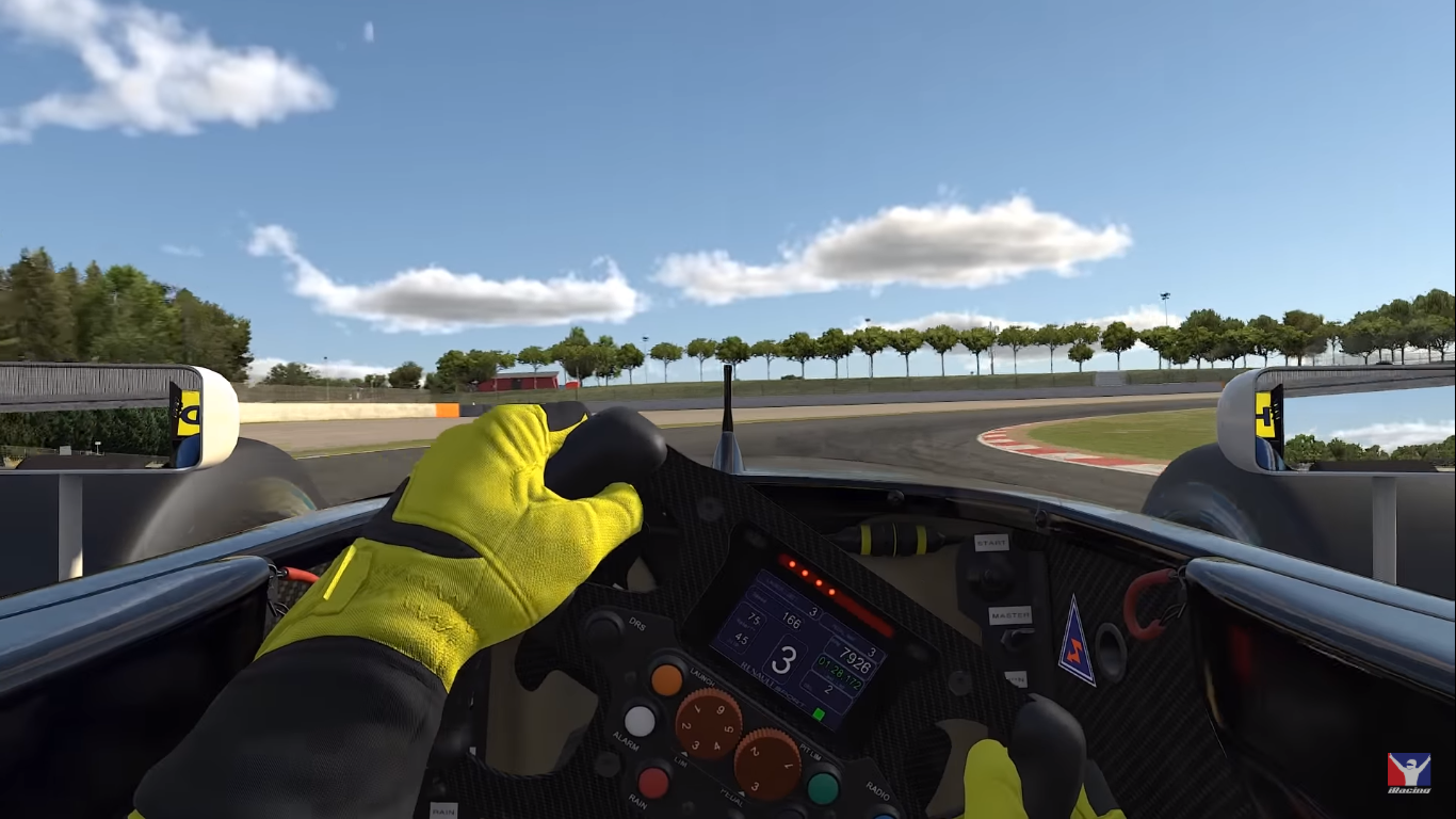 iRacing 2019 Trailer 2.png
