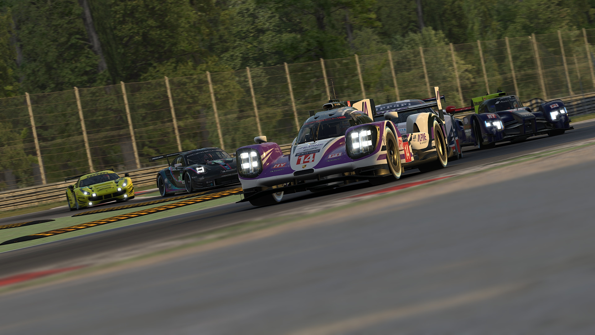 iRacing Middle.jpg