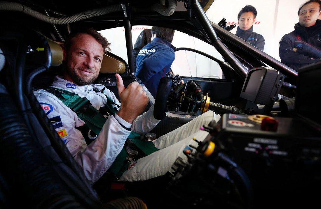 Jenso Button Super GT 2.jpg