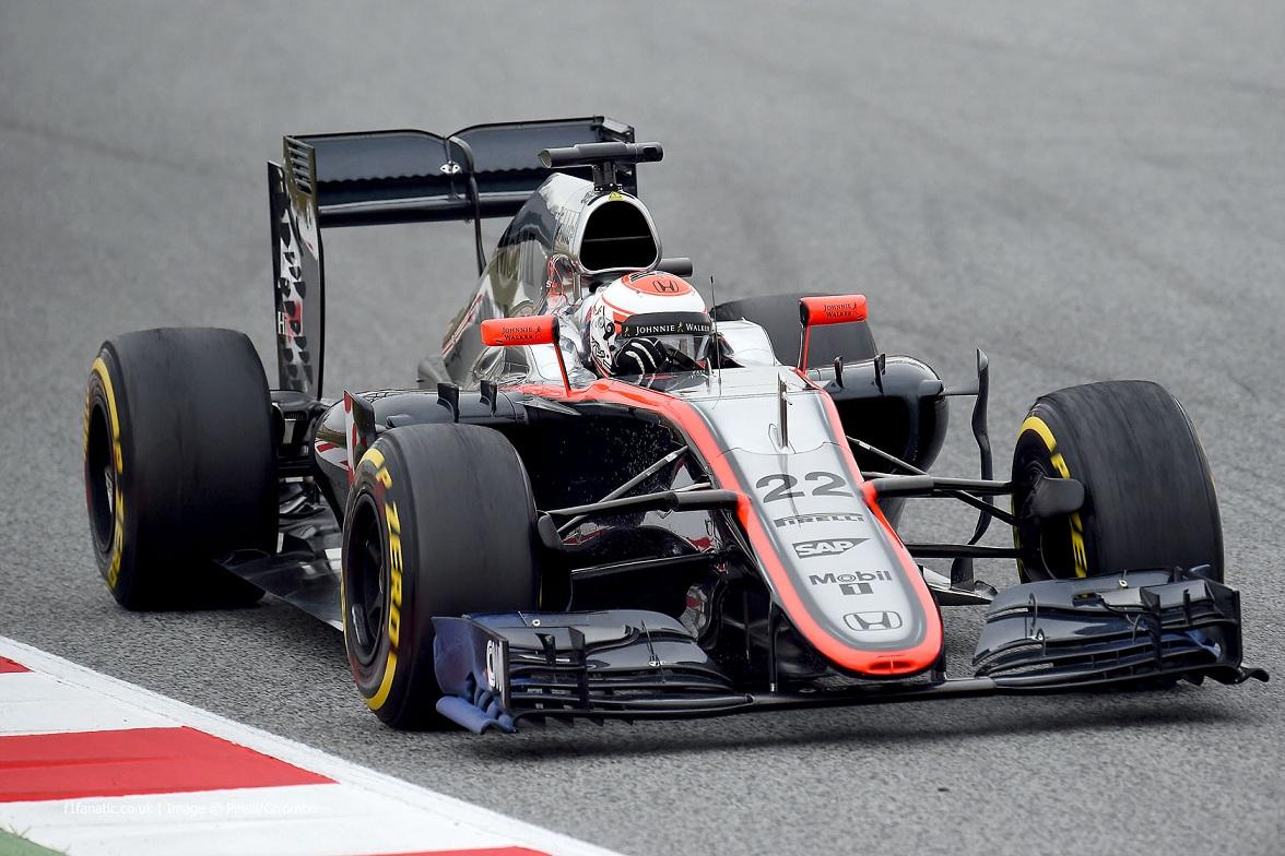 Jenson-Button-McLaren-2015-F1-tseting-Barcelona.jpg
