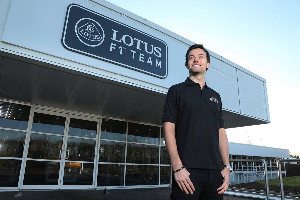Jolyon Palmer Lotus F1 Team 2015.jpg