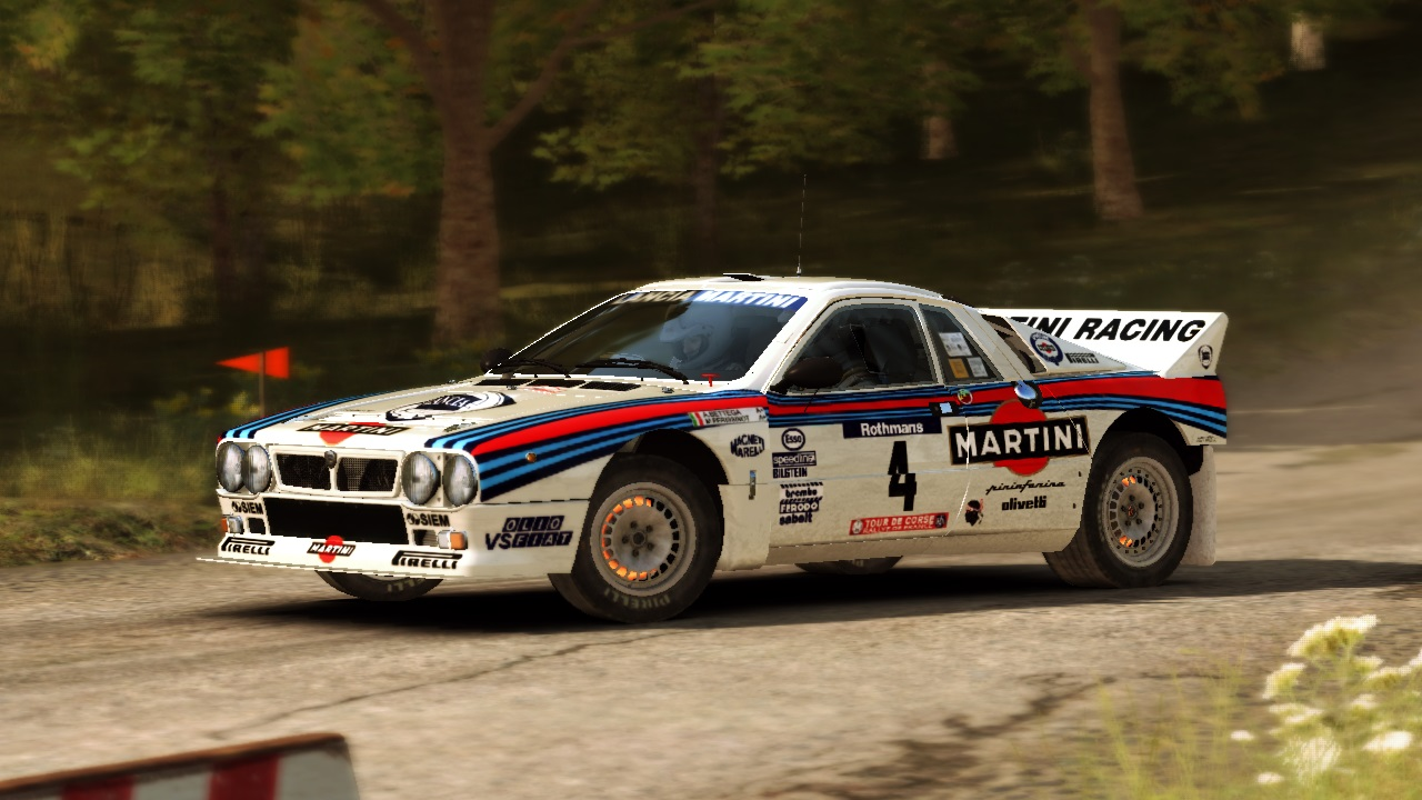 Lancia 037 Rally Evo2 Martini Atilio Bettega_2.jpg