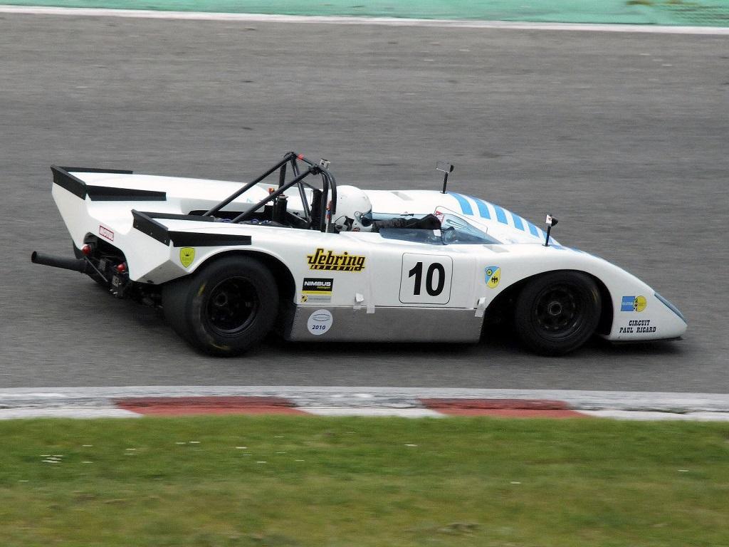 Lola T212.jpg