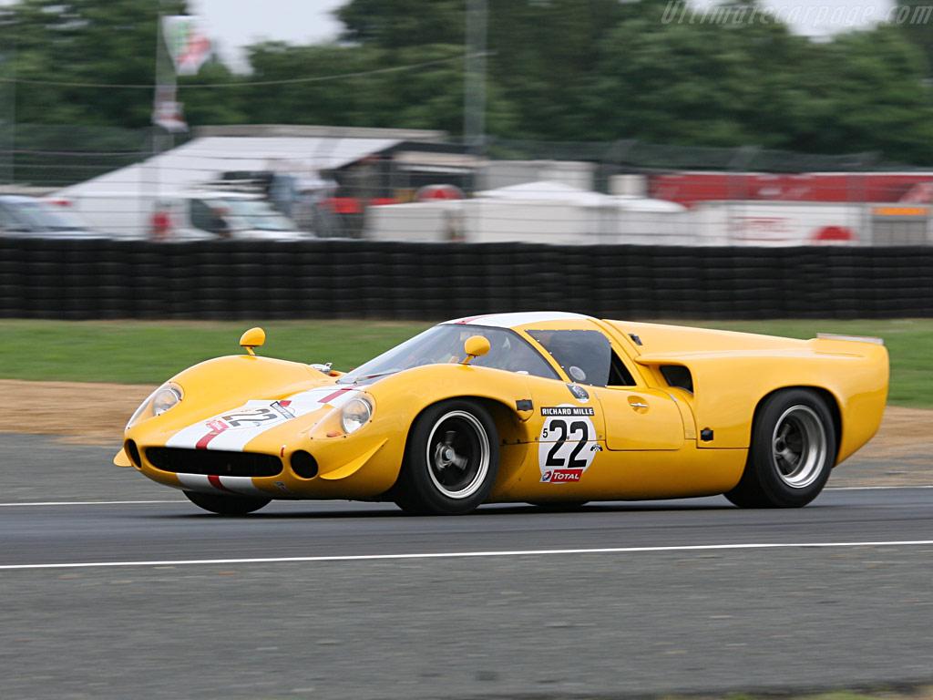Lola T70 Mk3.jpg