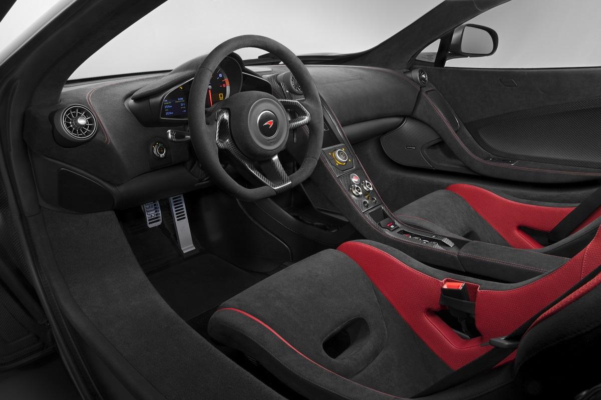 McLaren 675LT Interior.jpg