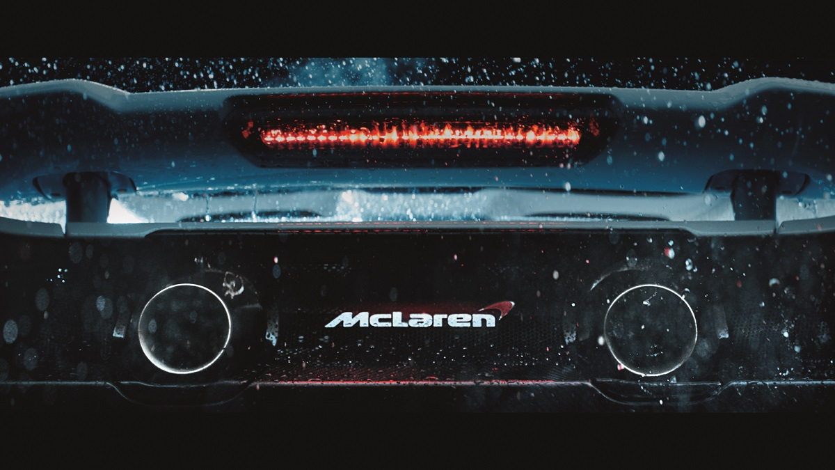 McLaren 675LT supercar Longtail.jpg