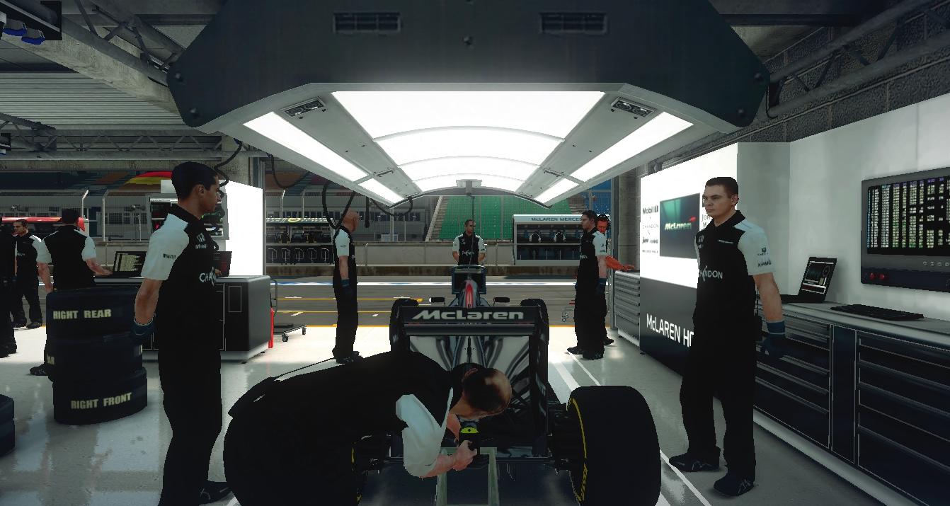 Mclaren Garage Pic.jpg