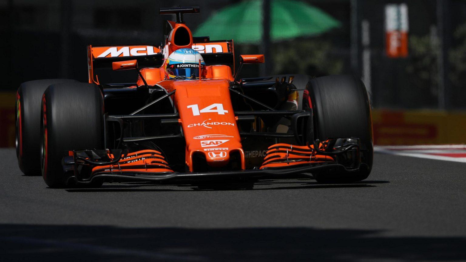 McLaren Honda Baku Struggle 2.jpg