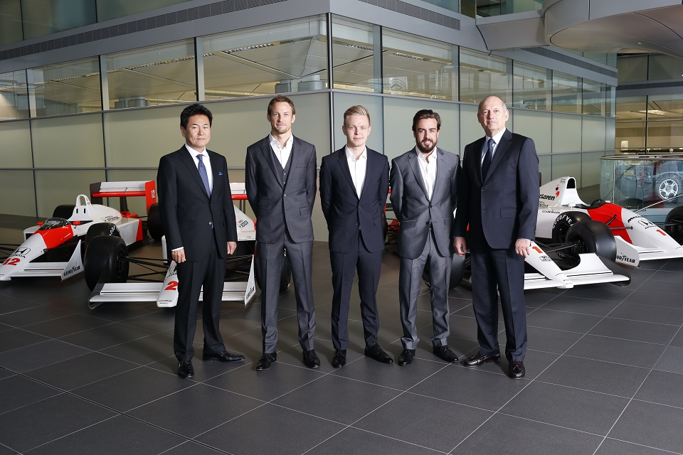 McLaren Honda Lineup 2015.jpg